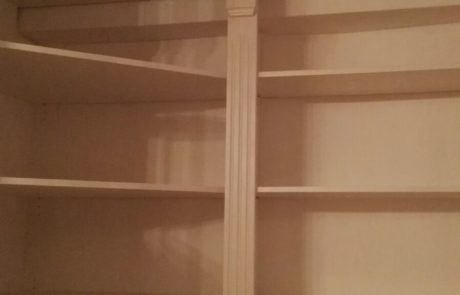 drewniana biblioteka - fronty z kasetonami